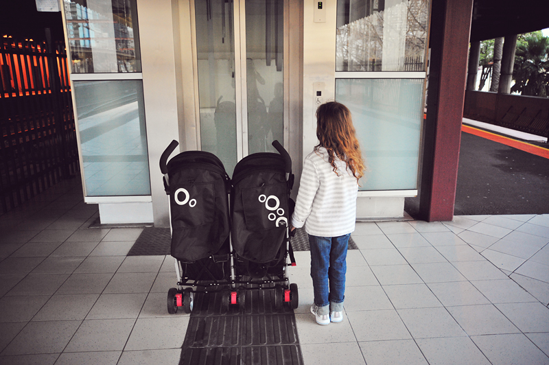 kieran & clover's new wheels :: a review of our Valco Evo2